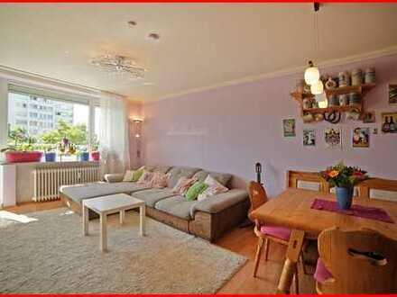 Familiengerechte 3-Zimmer Wohnung mit Blick über die Dächer Münchens