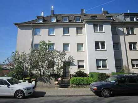 Schöne Wohnung in toller Lage mit Balkon