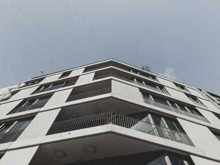 Luxuriöse Loft-Wohnung mit 2 grosszügigen Terrassen, 3 m Decken und Berlin-Blick - bezugsfrei!