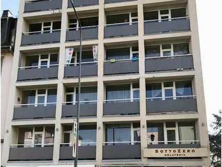 FRANKFURT-RÖDELHEIM: Exklusives Büro in zentraler Lage!