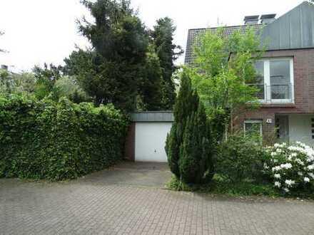 Schöne Doppelhaushälfte mit Garten in Meerbusch