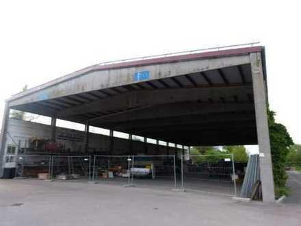 Lagerhalle, zum Teil offen, in Ortsrandlage mit guter Verkehrsanbindung!