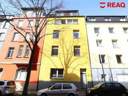 Ansprechende Dachgeschosswohnung mit Terrasse und Spitzboden in der Aachener Innenstadt!