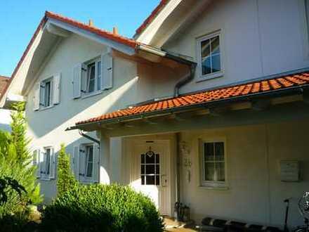 Schöne Doppelhaushälfte in Durach -Weidach in ruhiger und sonniger Lage zur langfristigen Vermietung