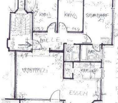 Gepflegte 4,5-Zimmer-Wohnung mit Balkon und EBK in Frankfurt Eschersheim