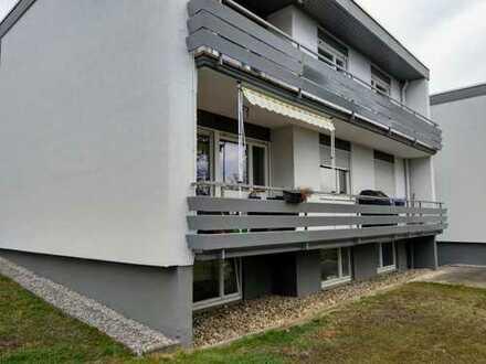 TOP Lage: Modernisierte 3,5-Zimmer-EG-Wohnung mit Balkon und EBK in Pforzheim