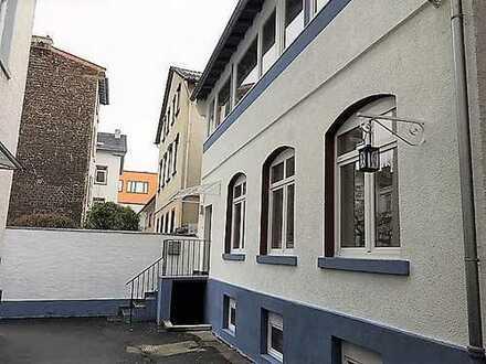 Schönes Hinterhaus (Atelier/Loft) mit 2 Etagen + Untergeschoss in zentraler Lage in Offenbach