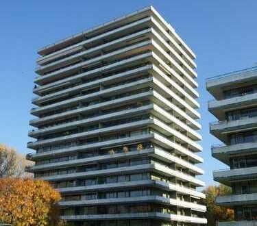 Rheinsicht: Top 4-Zimmerwohnung mit großem Sonnenbalkon im Wohnpark Rodenkirchen