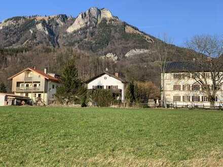 Schöne, geräumige zwei Zimmer Wohnung in Rosenheim (Kreis), Nußdorf am Inn