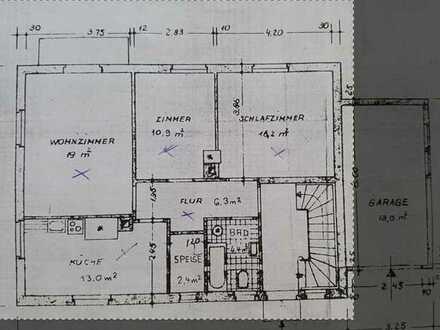 Modernisierte 3-Raum-Erdgeschosswohnung mit Balkon und Einbauküche in Waldshut-Tiengen
