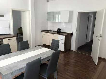 *Neu Renovierte Wohnung in City Lage*newly renovated apartment in city location*