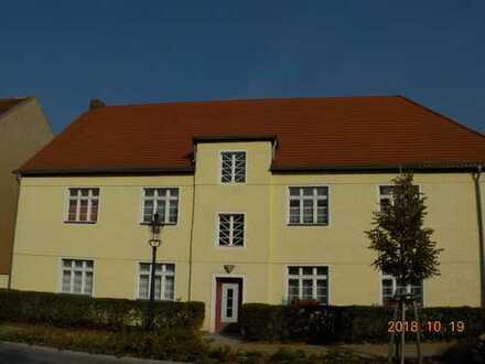 Wohnen in Baruther Stadthaus - charmanter Altbau sucht zum 01.12. neue Mieter!