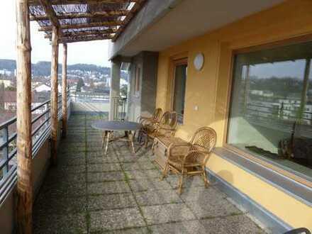 Sonnige 2-Zimmer-Penthouse-Wohnung in Deggendorf nä. Zentrum