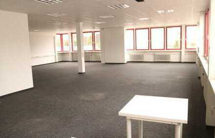 Schönes Bürohaus ( jede Büroetage auch einzel vermietbar) in 71116 Gärtringen