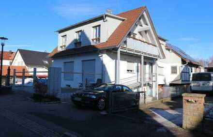 Neuwertige 2,5 Zi. DG-Wohnung für 18 Monate in 71263 Münklingen, Warmmiete pauschal 650€