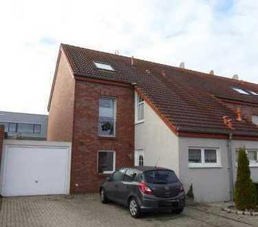 Vermietung - Schönes Reihenendhaus mit Garten und Garage in Stadtrandlage in Borken-Hovesath