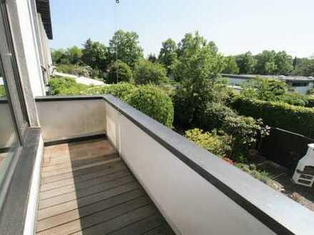 4-Zimmer-Maisonettewohnung mit 3 Balkonen in einem kinderfreundlichen Haus im Bonner Westen