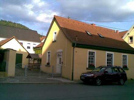 Freistehendes, renoviertes Einfamilienhaus von privat