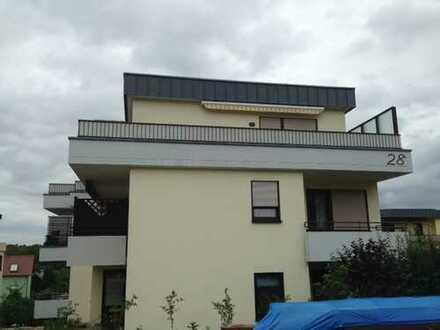 Großzügige Penthouse-Wohnung auf dem Sonnenberg mit herrlicher Aussicht