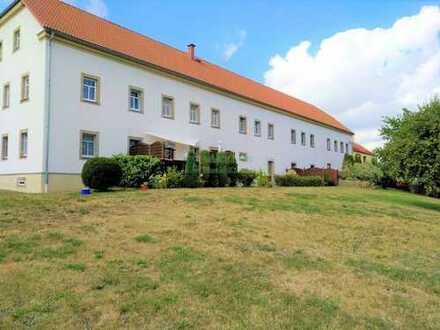 Schicke 3-Raum-Wohnung mit Terrasse und großzügiger Garage in Hochkirch OT sucht neue Mieter!