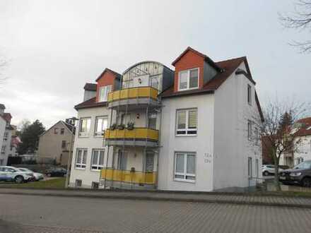 **tolle Wohnlage in Niederplanitz - schöne 2- Raum Wohnung mit Balkon und Stellplatz**