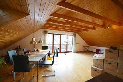 Ruhig gelegene 3 Zimmer-Dachgeschosswohnung