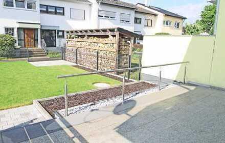 5906 - Großzügiges Reihenhaus mit Terrasse und Garten in Durmersheim!