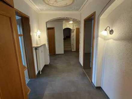 Vermiete freundliche 4-Zimmer-Wohnung mit EBK + großen Süd-Balkon mit 126 m2 in 82380 Peißenberg