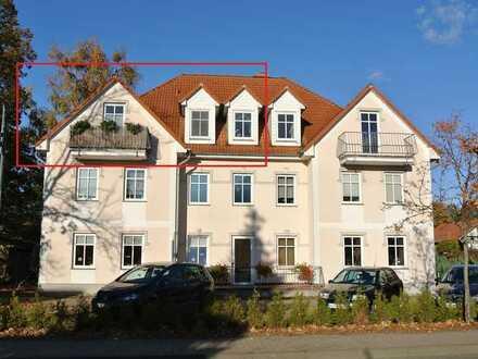 Gepflegte 2-Raum-Dachgeschosswohnung mit Balkon und Einbauküche in Röbel Müritz