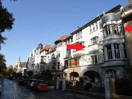 Beletage Philo.viertel Waldrand: 2 Zi.-offene Wohnküche, Bad, 2 Balkone, Sauna