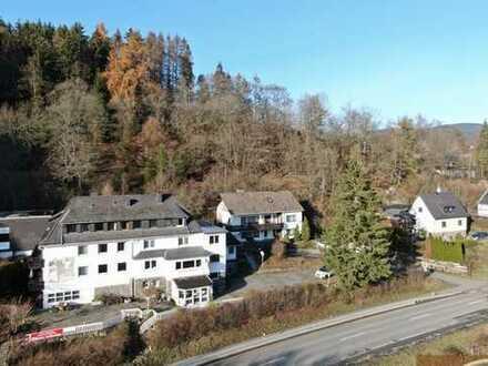 Hotel mit (24 Zimmern) im Sauerland mit schöner Lage