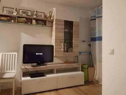 Teilmöblierte, 2-Zimmer-Terrassenwohnung mit EBK und Wohnraumbelüftung in Augsburg