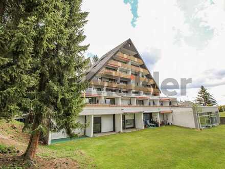 Traumlage Schwarzwald: Renovierte 2-Zimmer-Wohnung mit 2 Balkonen und Pool im Haus