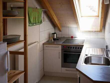 2-Zimmer-in Wohngemeinschaft ab Mai für 1 Person