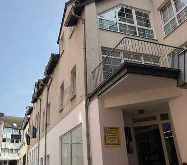 Zentral gelegene 4-Zimmer-Wohnung mit Dachterrasse im Zentrum / Nähe Fußgängerzone