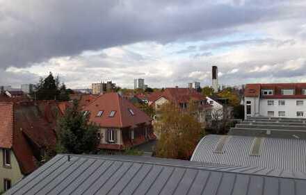 Gepflegte 3-Zimmer-DG-Wohnung mit Balkon in Ludwigshafen-Oggersheim