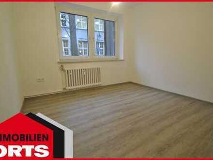 ORTS***Renovierte 3-Zimmer-Wohnung fußläufig zum Innenhafen Duisburg***