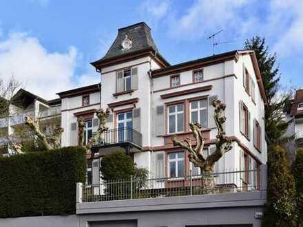 Stilaltbau - Kernsanierte Etagenwohnung in Toplage!