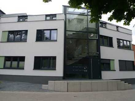 Frechen, Bestlage, exclusive 4 Zi.-Wohnung mit großem Balkon, Bj.2013, ca. 106 qm