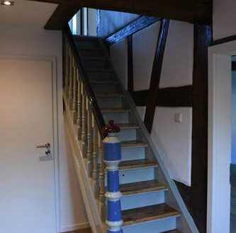 Erstbezug: Liebvoll restaurierte 3-Zimmer-Wohnung mit EBK in Baiersdorf
