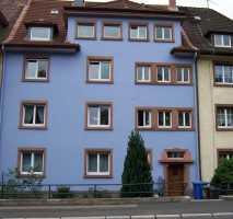 Gepflegte Dachgeschosswohnung mit vier Zimmern und EBK in aschaffenburg mit ausgeb. Spitzboden
