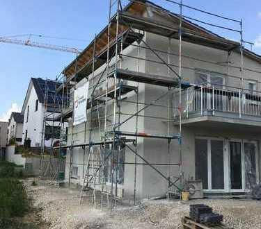 Schönes geräumiges neues Einfamilienhaus mit fünf Zimmern in Reutlingen (Kreis), Walddorfhäslach