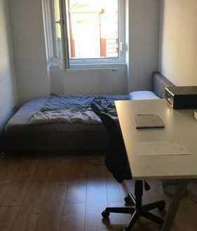 Möbliertes Zimmer in zentraler Lage