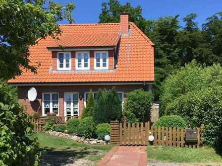 Mietshaus am Waldrand unweit der Ostsee