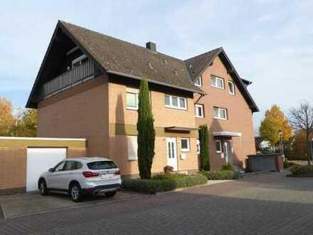 Dachgeschoßwohnung mit Balkon und Garage in Troisdorf-Bergheim