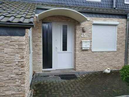 Schönes Haus mit fünf Zimmern in Hannover, Vahrenheide