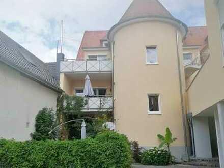 Hemsbach in gesuchter Lage: Stilvolle Stadtwohnung mit Stellplatz