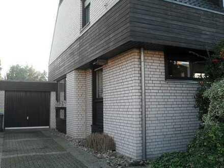 Sehr gepflegtes Einfamilienhaus im Herzen Rheines