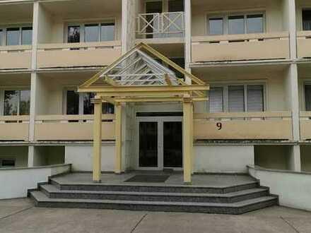 2- Raum-Appartement mit Balkon und Einbauküche