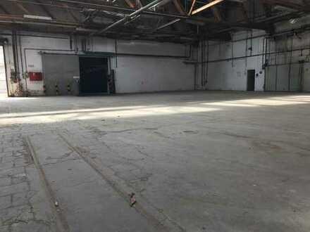 Einfache Lagerhalle (ca. 1.290 m²) in 83646 Bad Tölz zu vermieten
